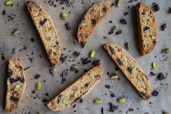 pistachio chocolate chip biscotti