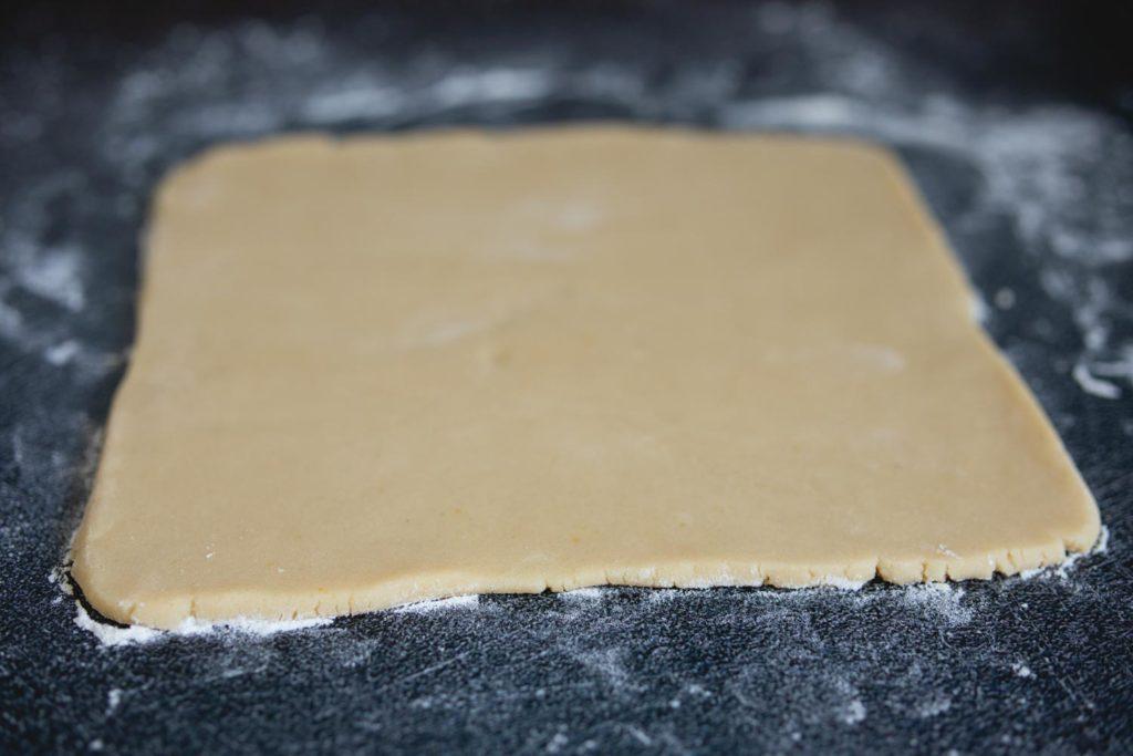 square of shortcrust dough