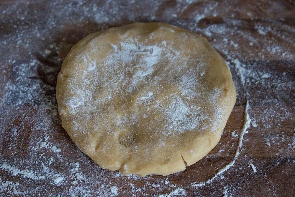 roll out tart dough
